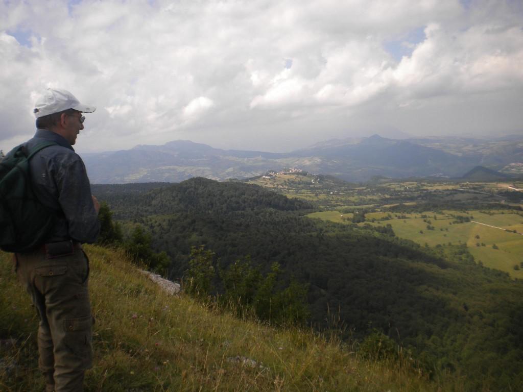 Nicola Mastronardi guarda il territorio dei Sanniti