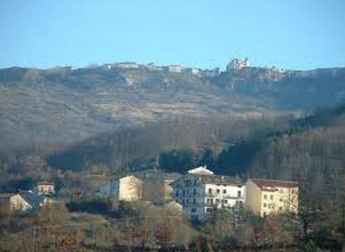 Capracotta vista da Castel del Giudice