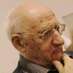 Nato a il 4 Agosto 1924 a Capracotta (IS). Salesiano dal 1941