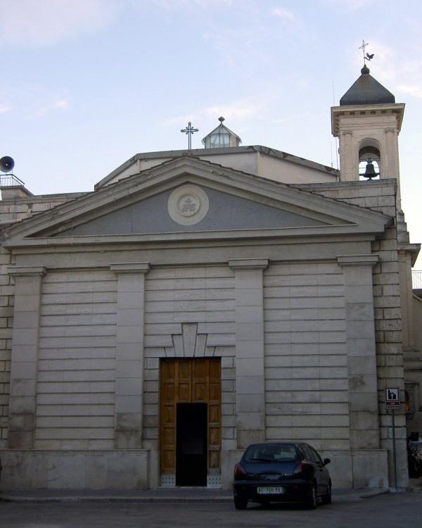 La chiesa del Carmelo a Canosa