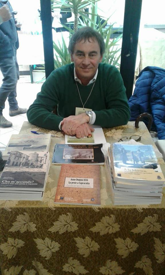 Paolo Trotta nello stand degli Amici di Capracotta a Roma