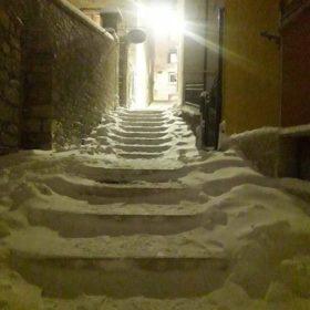 Via Luigi Campanelli a poche ore dalla mezzanotte del 31 dicembre 2018. Foto: Giovanna Paglione