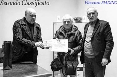 La premiazione di Vincenzo Fiadino. Foto: Ass. Fotografica Culturale di Frosolone