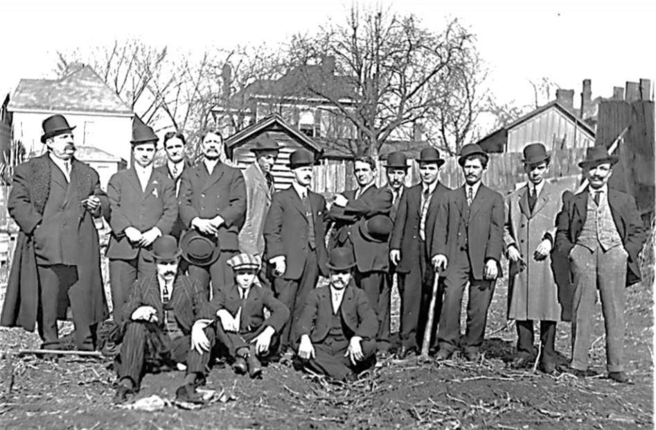 Gruppo di emigrati capracottesi a Parkersburg (West Virginia) negli Stati Uniti d'America