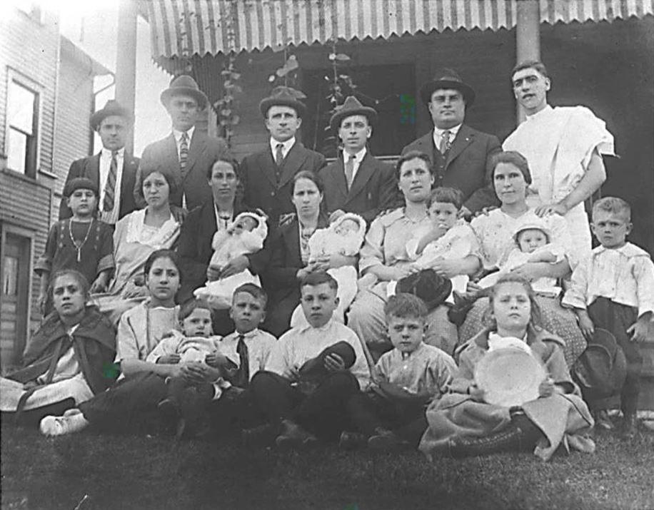 Capracottesi e altri emigrati negli Stati Uniti d'America, Youngstown (Ohio), anni ven