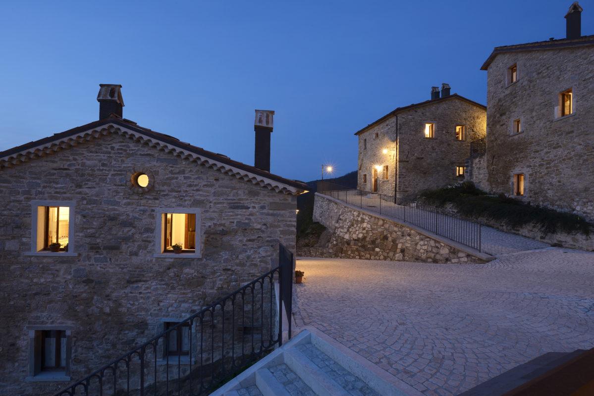 Castel del Giudice. Foto: Borgotufi