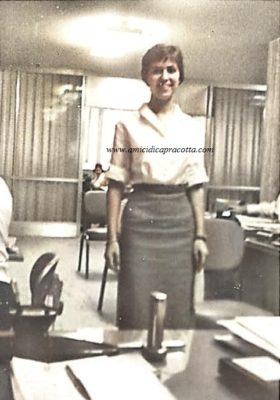 Loreta Di Bucci nel suo ufficio al Banco Italo- venezuelano a Caracas